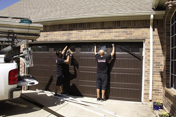 best garage door repair services in Chicago